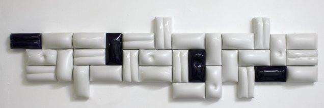 """""""die Wand"""" 8 Keramik Relief und Plastik von Guido Kratz aus Hannover"""